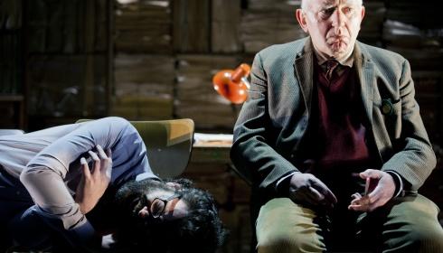 Onvoltooid verleden geselecteerd door het Vlaams Theaterfestival