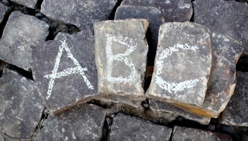 41 Antwerpse culturele organisaties ondertekenen Het abc van een Antwerps kunstenbeleidsplan.